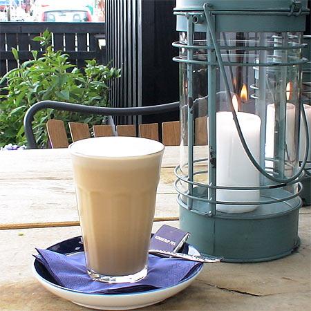 Iskaffe-og-lanterne